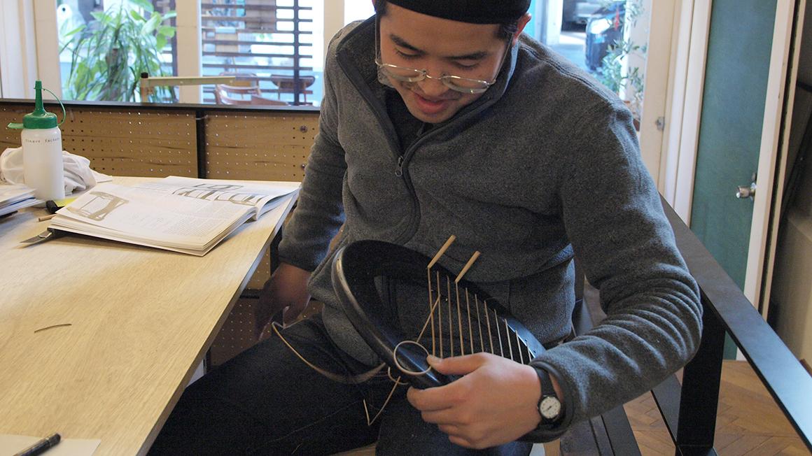 籐編み木製スツール