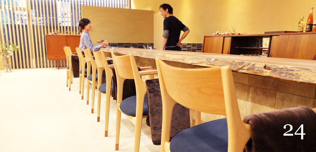 アシェットデセール未完様へ家具を納品しました