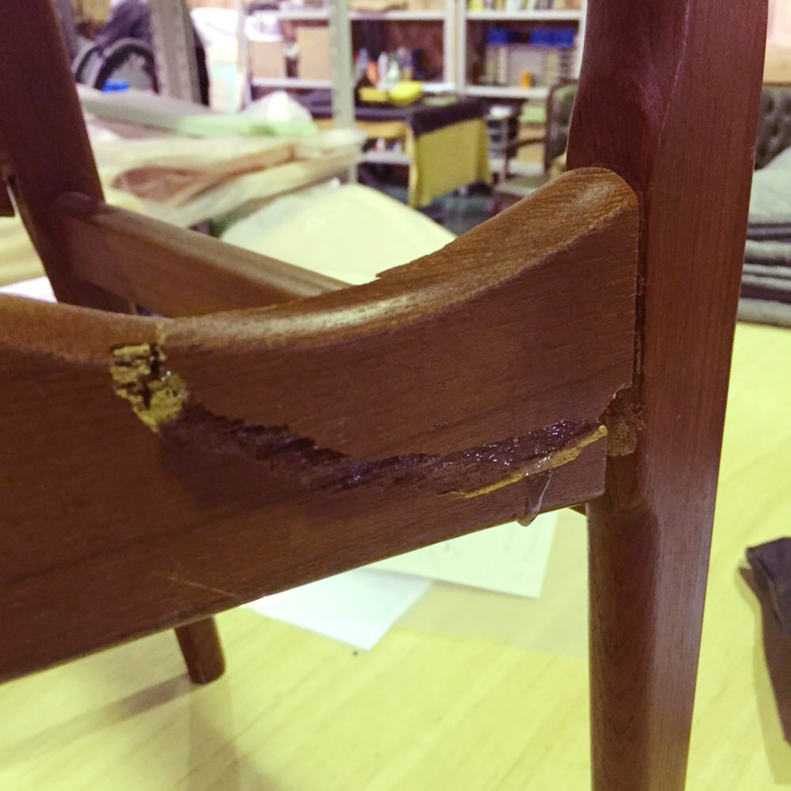 フィンガーマークス椅子修理事例