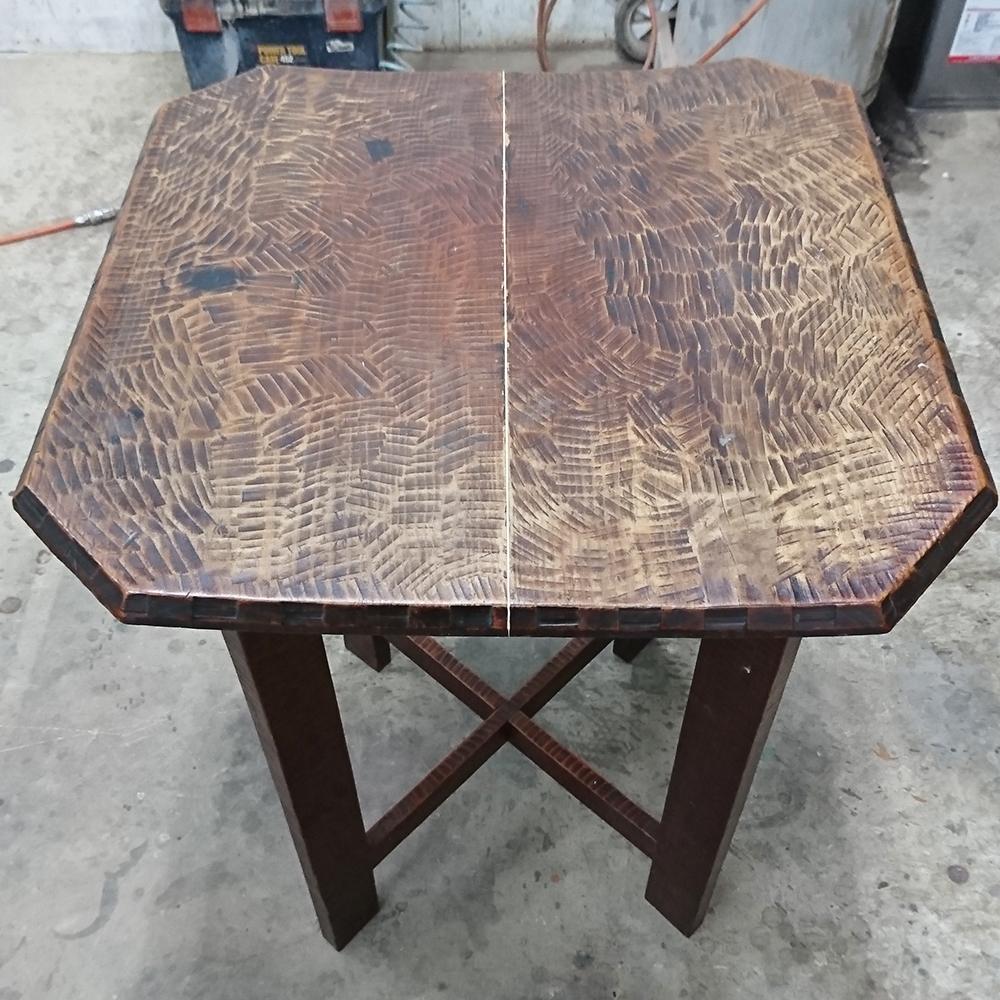 テーブルの傷や汚れの修理補修事例