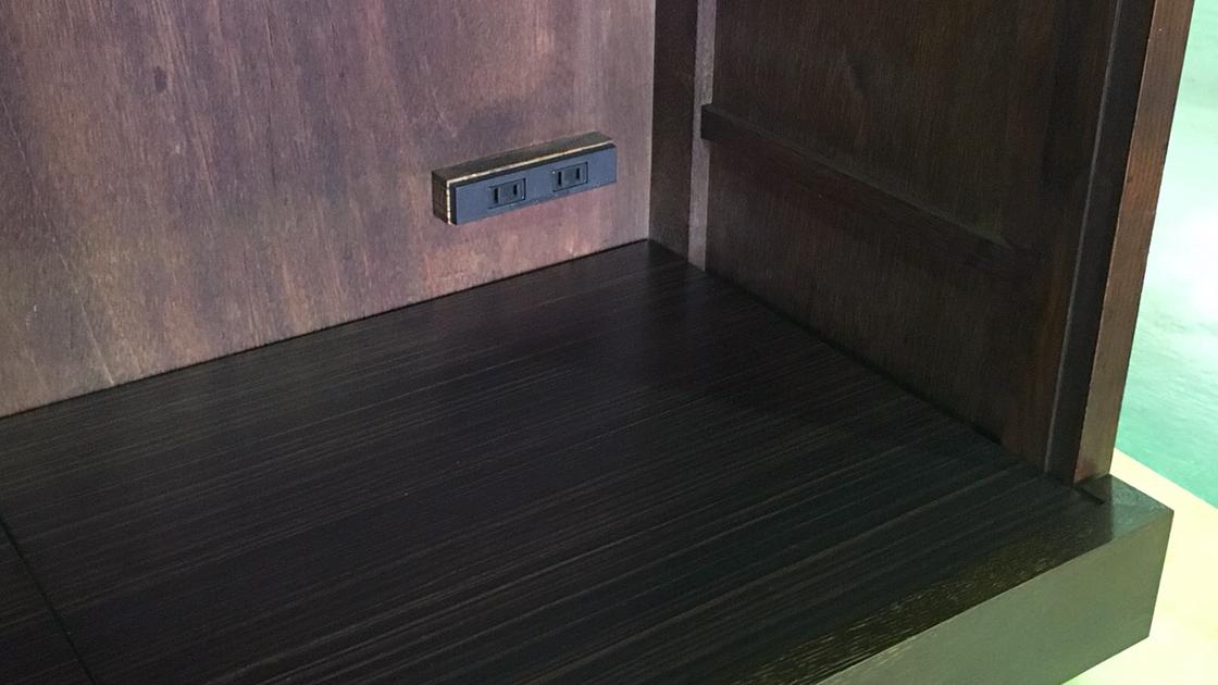 食器棚スライドレール取り付け