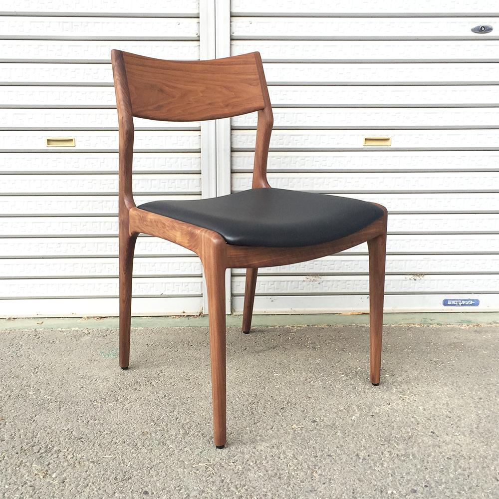 ウォールナット椅子