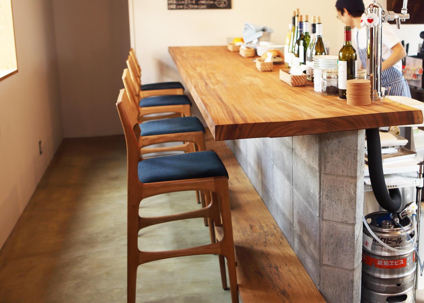 おしゃれなカフェ家具和歌山県新宮市Meganeパン