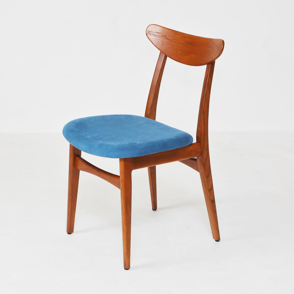 北欧デザインダイニング椅子ホワイトオークブラウンカラー着色