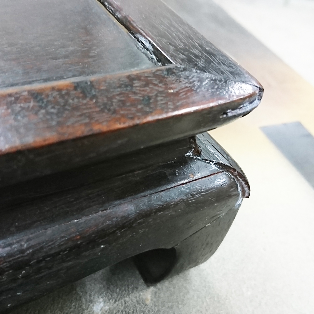 家具修理キャスター交換傷や割れ補修色の塗り替え
