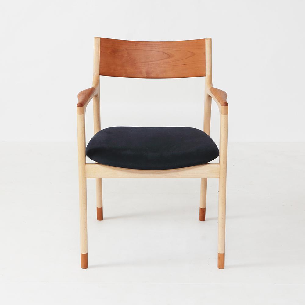 おしゃれな京都の家具職人が作る無垢の北欧デザイン椅子