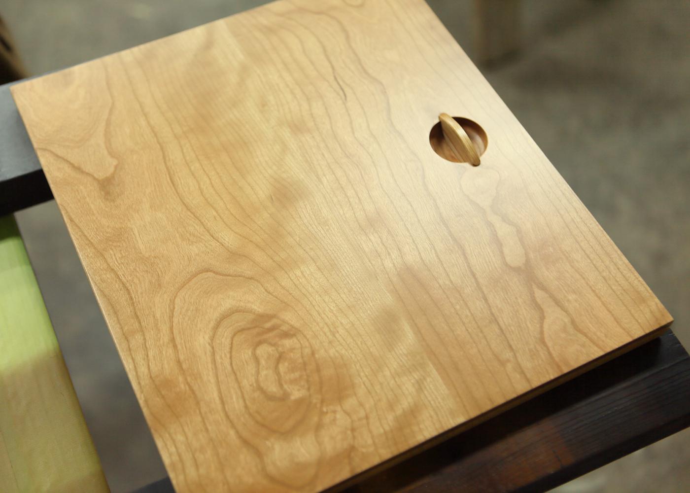 オーダー家具製作テレビボードとキャビネットの納品事例
