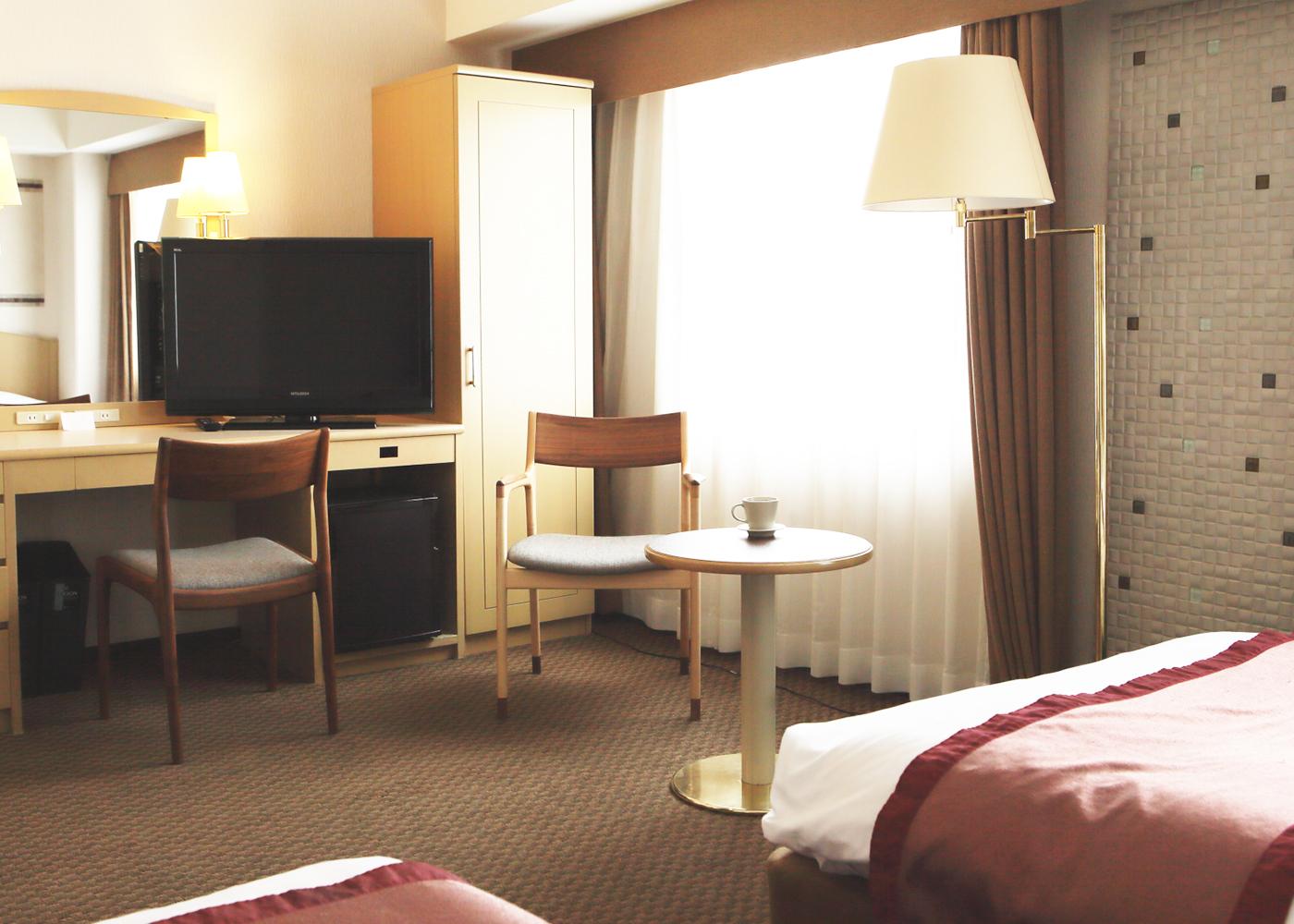 京都ガーデンホテル様への家具納品事例