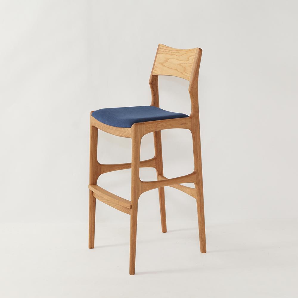 おしゃれで上質なフィンガーマークスの椅子